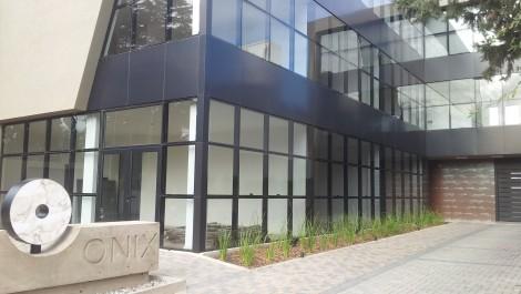 En Alquiler – Oficinas de Categoría en B° Cerro de las Rosas – Córdoba